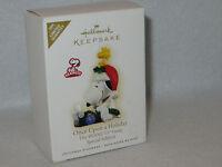 Snoopy at Typewriter 2009 Hallmark Ornament - QXE3065