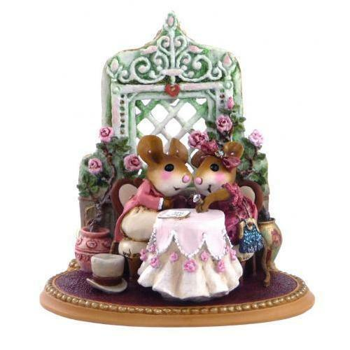Wee Forest Folk Miniature Figurine M-435 - Miss Mousey Will You Marry Me?