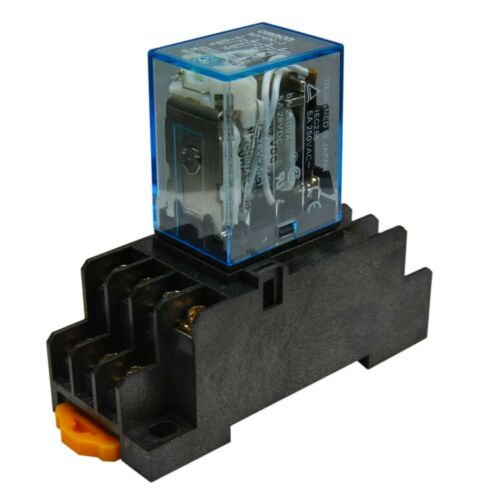12V D//C Coil 5A Cube Relay with Socket Base PYF14A Lot of 2 Omron MY4N-J