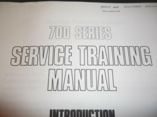 CHAMPION 710 710A 716A 720 726A 736A 760  MOTOR GRADER SERVICE TRAINING MANUAL