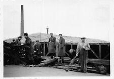Belg. Arbeiter bei Tarnungsarbeiten Nordhafen Antwerpen Belgien