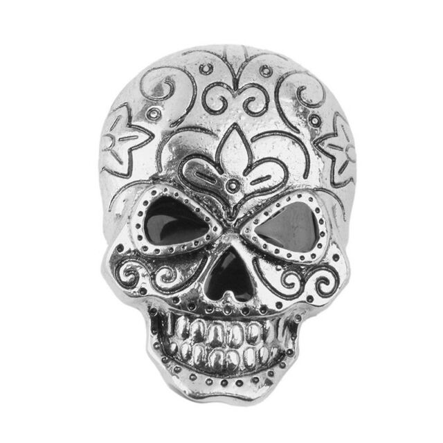Skull Brooch Decoration For Halloween Party Favor Gift Antique Silver M3M3 15795bed7e73