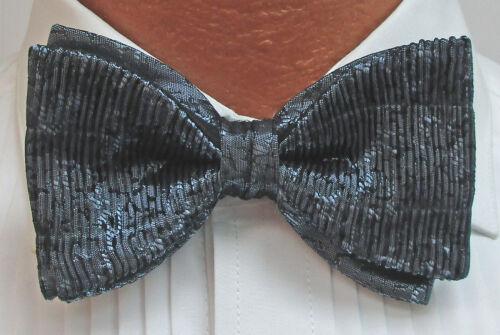 New Boxed Shiny Metallic Blue Cummerbund /& Bow Tie Set Wedding Prom Cruise