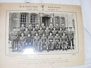 VINTAGE-ORIGINAL-1956-PHOTOGRAPH-OF-SGT-K-NEWELL-039-S-SQUAD-WELSH-GUARDS-ARMY