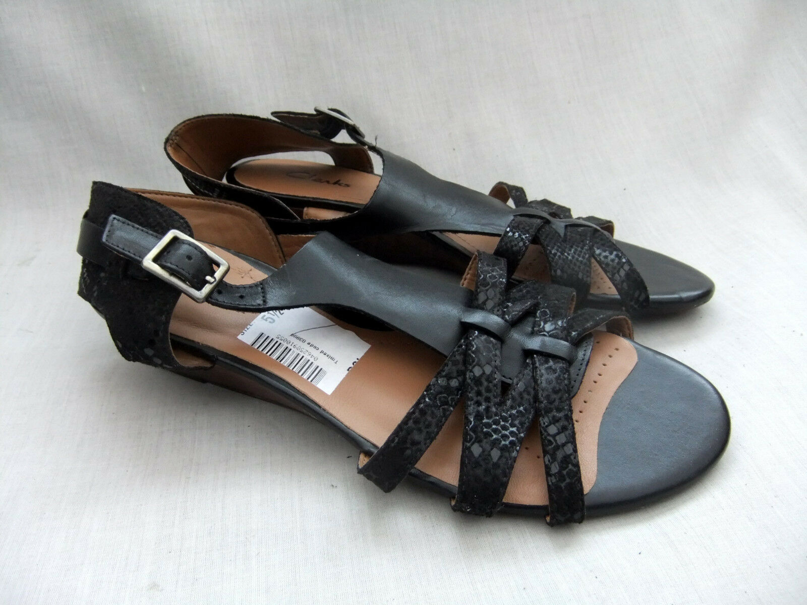 NEW CLARKS PLAYFUL CLUB femmes noir COMBI LEATHER WEDGE SANDALS Taille 5.5   39