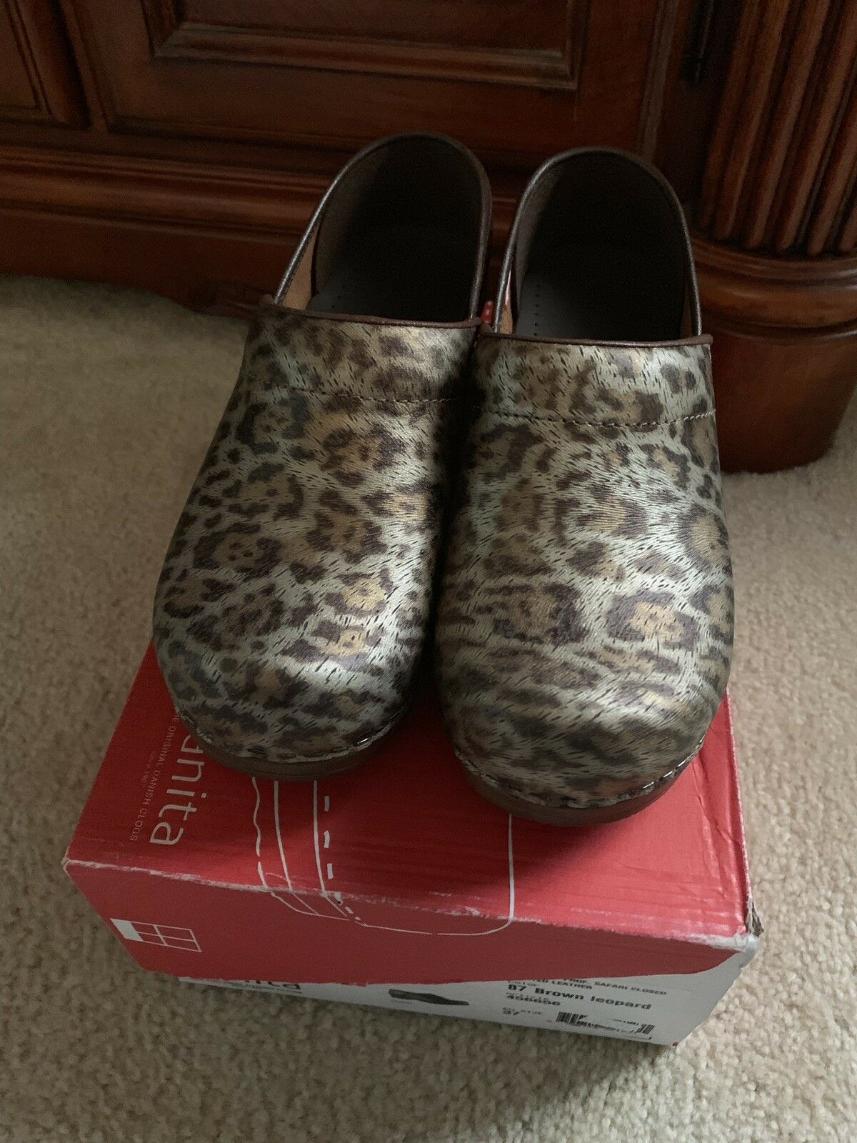 Sanita Professional Brown Leopard Eur 37