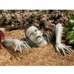 Halloween-The-Flesh-Hungry-Zombie-Montclaire-Moors-Haunted-House-Garden-Statue