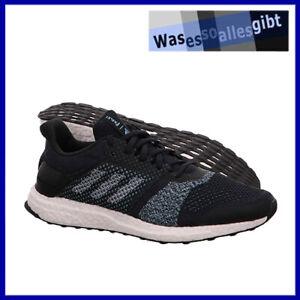 SCHNAPPCHEN-adidas-Ultra-Boost-ST-Parley-blau-schwarz-Gr-46-R-8344