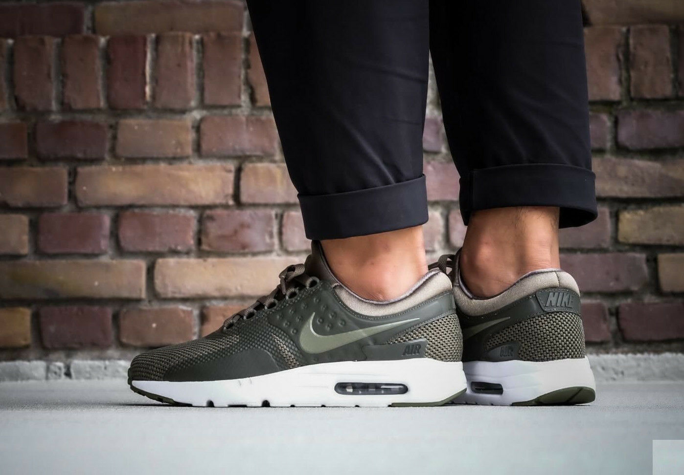NIKE AIR MAX ZERO Casual ESSENTIAL Running Trainers Gym Casual ZERO -7.5 (EUR 42) Olive 57a470