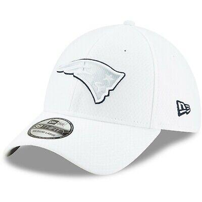 New Era 39Thirty Cap PLATINUM Sideline New England Patriots