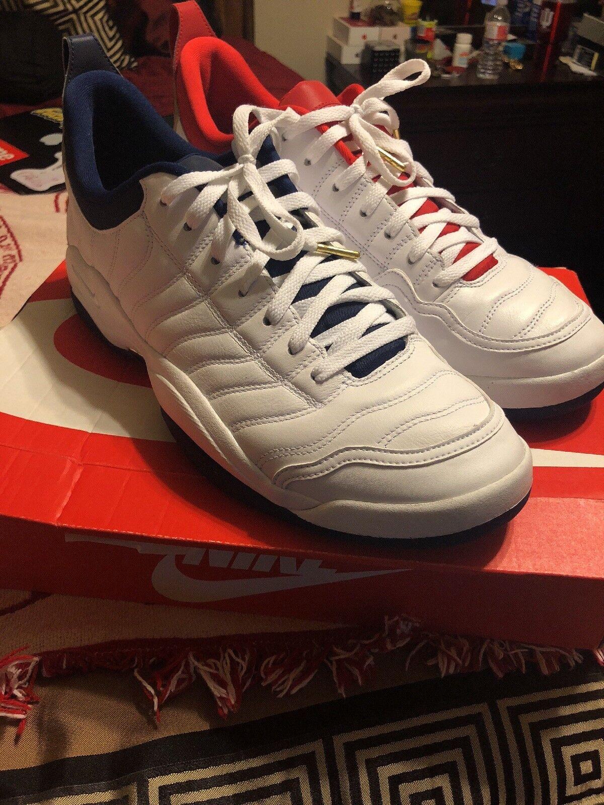 Nike Air Oscillate Size 15