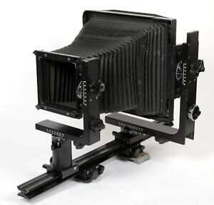 Horseman-LE-8X10-Monorail-Camera-with-upgraded-fresnel-lens-ground-glass