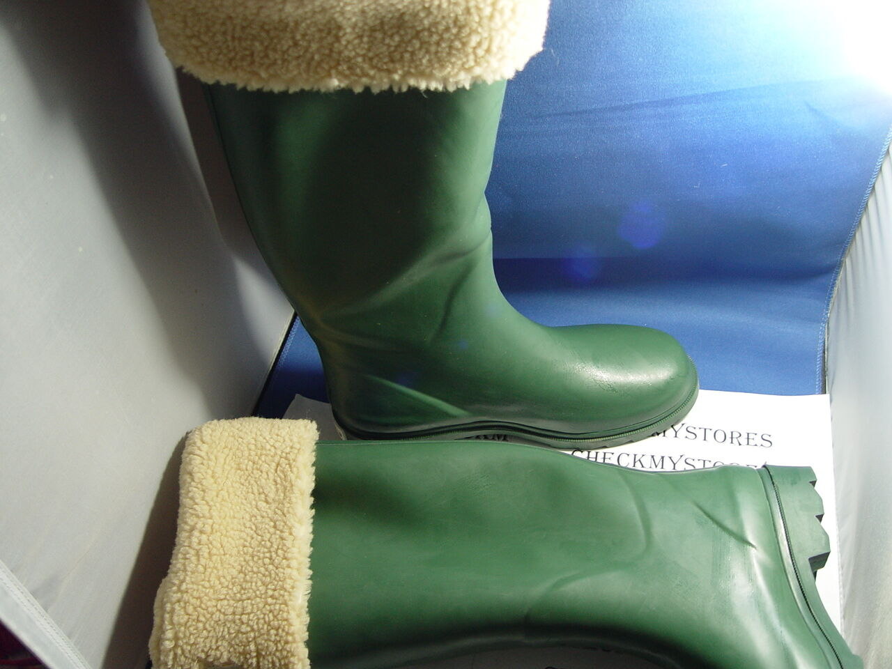 New NIB Bear Paw Lagoon Women's Rain Boot - olive green