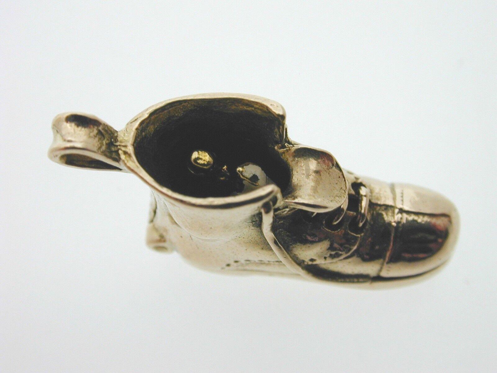 Stivale in oro 9 9 9 CARATI ciondolo si apre per mostrare SPOSI MATRIMONIO 1966 3.6 GRAMMI b0cf42