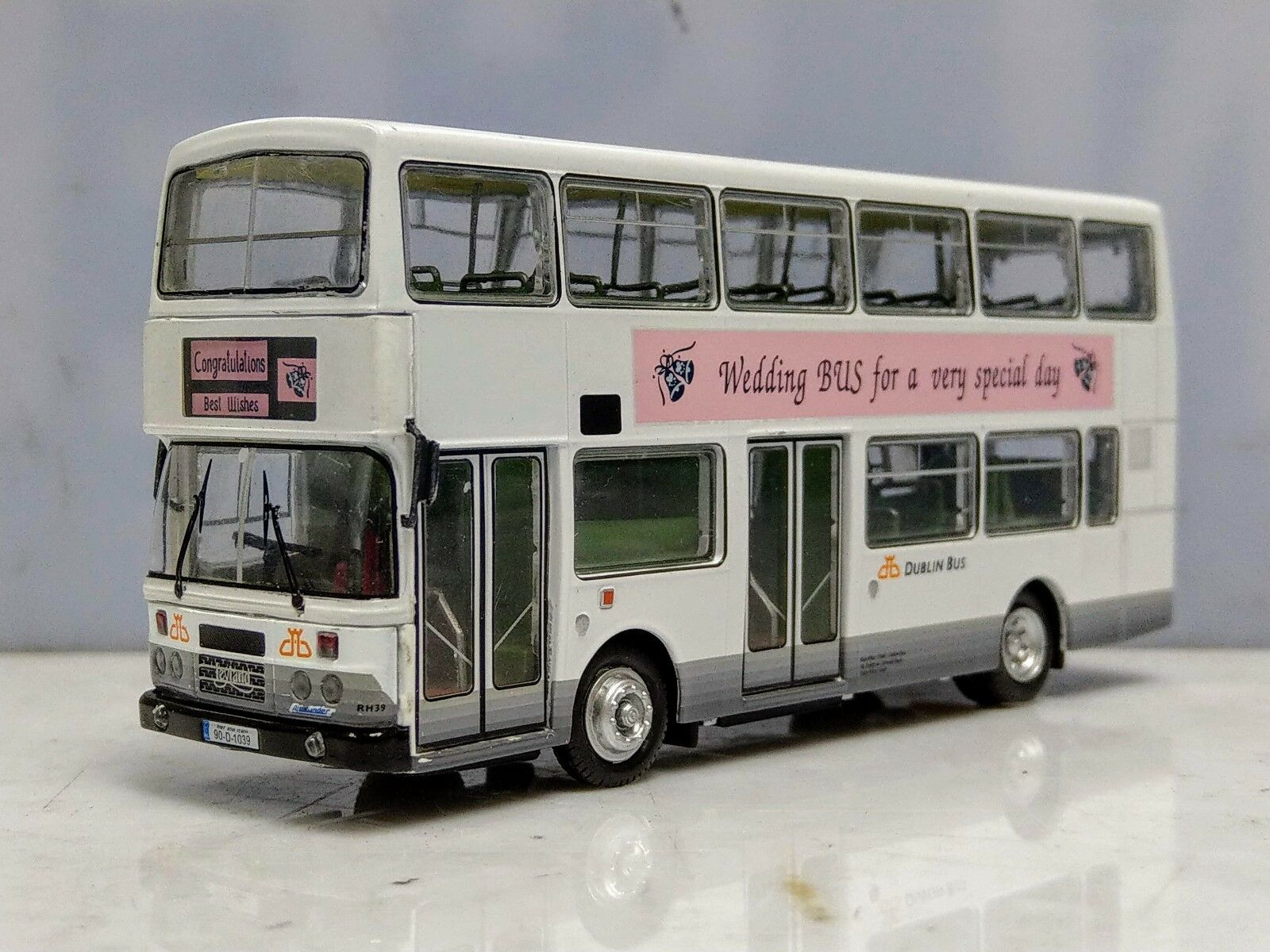 Britbus WD001 1 76 Leyland Olympian Dublin Bus Wedding bus livery bus model