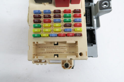 ALFA ROMEO 159 1.9 JTD FUSE BOX 60681000 REF1095