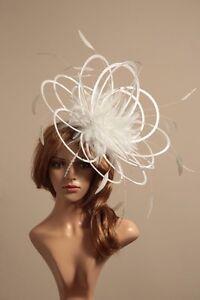 Adaptable Grand Blanc Fascinate Wedding Fascinator Hat Choisir Toute Couleur Satin/plumes