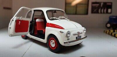 Fiat 500 Nuova Abarth totalmente blanco de Motormax 2007 1//24 modelos coches con Oda...