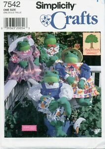 Simplicity-7542-30-inch-FROG-BODY-Clothes-Heigl-Appletree-Sewing-Pattern-UNCUT
