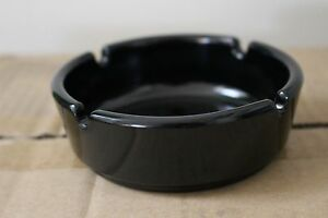 "USA SELLER  SET OF 4 BLACK PLASTIC ASHTRAYS 4 1//4/"" X 1 3//4/""  FREE SHIP US ONLY"