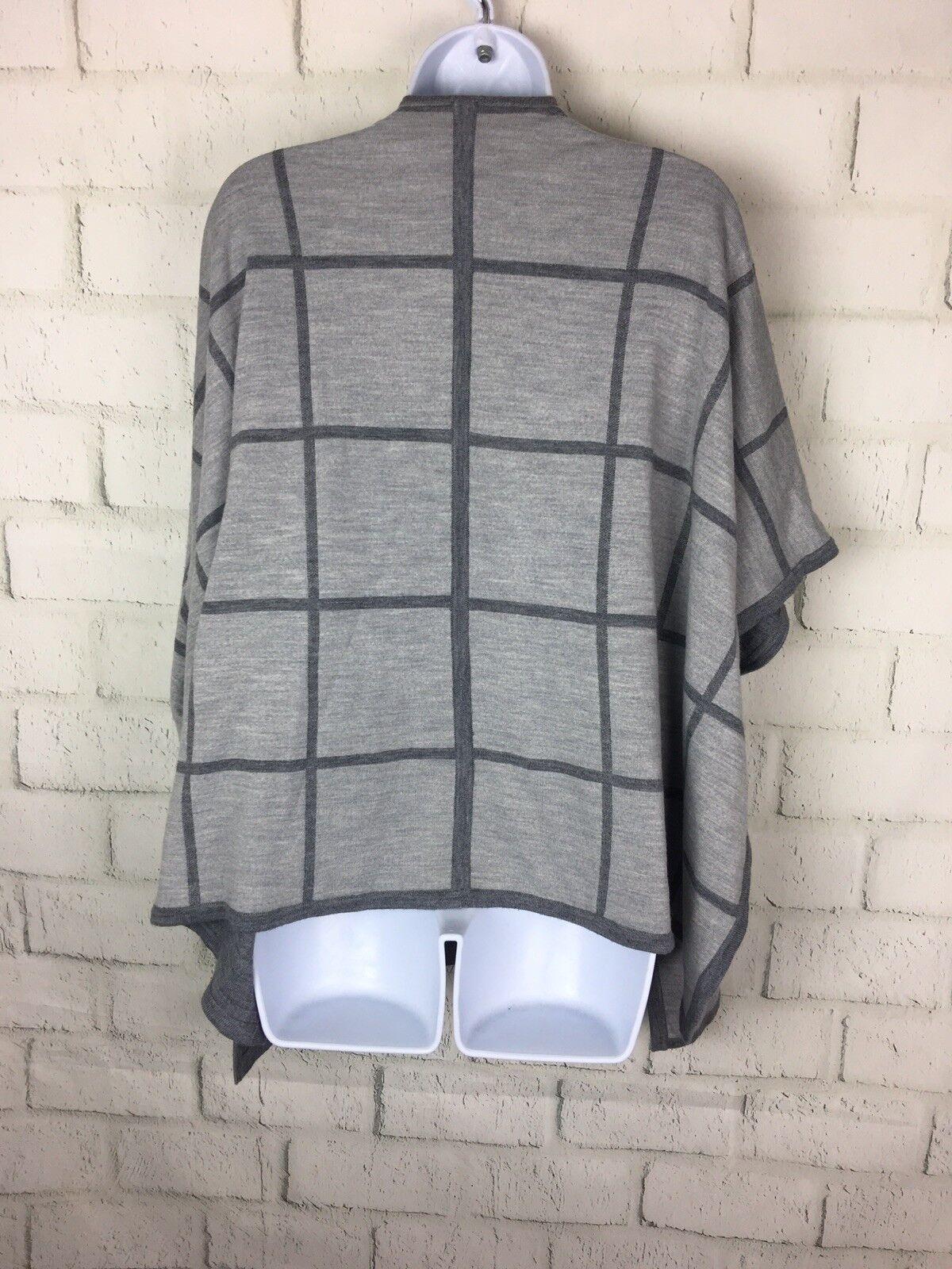 ATHLETA ATHLETA ATHLETA  178 Dakota Grey Windowpane Plaid Reversible Poncho Cape Sweater One Sz e22c32
