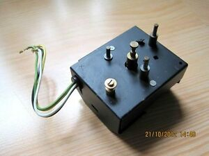 """"""" DUAL """" Plattenspieler-Antriebsmotor SM 401 ( für Dual 1236 G ) - Ulm, Deutschland - """" DUAL """" Plattenspieler-Antriebsmotor SM 401 ( für Dual 1236 G ) - Ulm, Deutschland"""