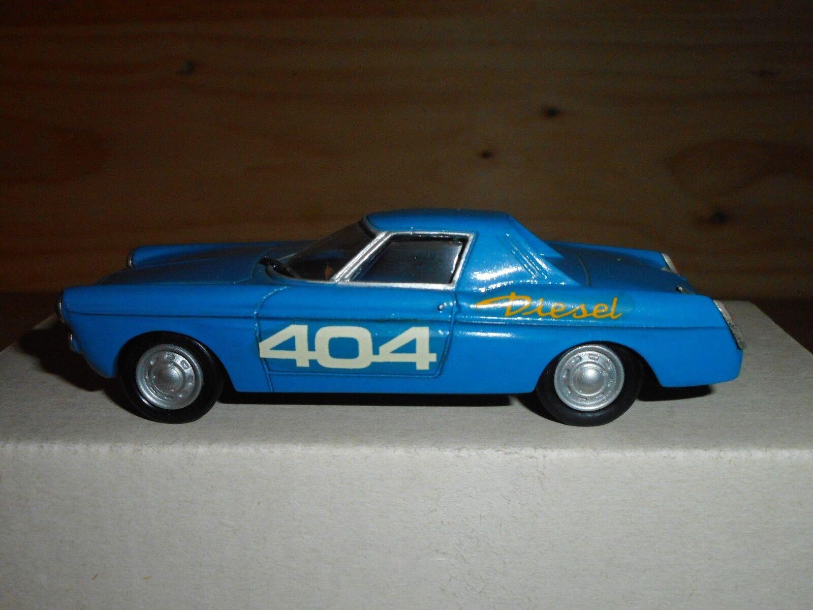 PEUGEOT 404 DIESEL record 1965 1 43   RETRO BOLIDE     résine vintage  SUPERBE