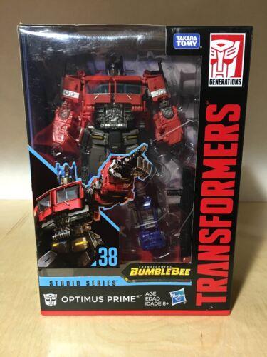 Transformers Bumblebee Studio Series 38 Optimus Prime Voyager Class en main!