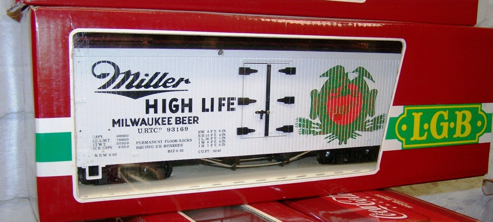 LGB G SCALE MILLER HIGH LIFE BEER, WOODEN REEFER, 4 AXLE  LGB NEW, MINT