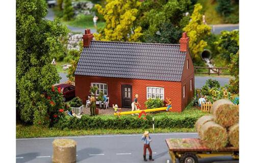 FALLER North German Brick Built House Model Kit I HO Gauge 130609