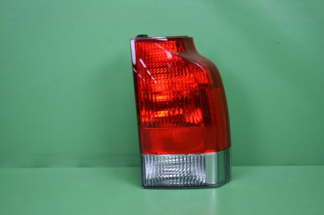 05-07 VOLVO V70 PASSENGER RIGHT LOWER TAILLIGHT TAIL LIGHT LAMP TAILLAMP TYC