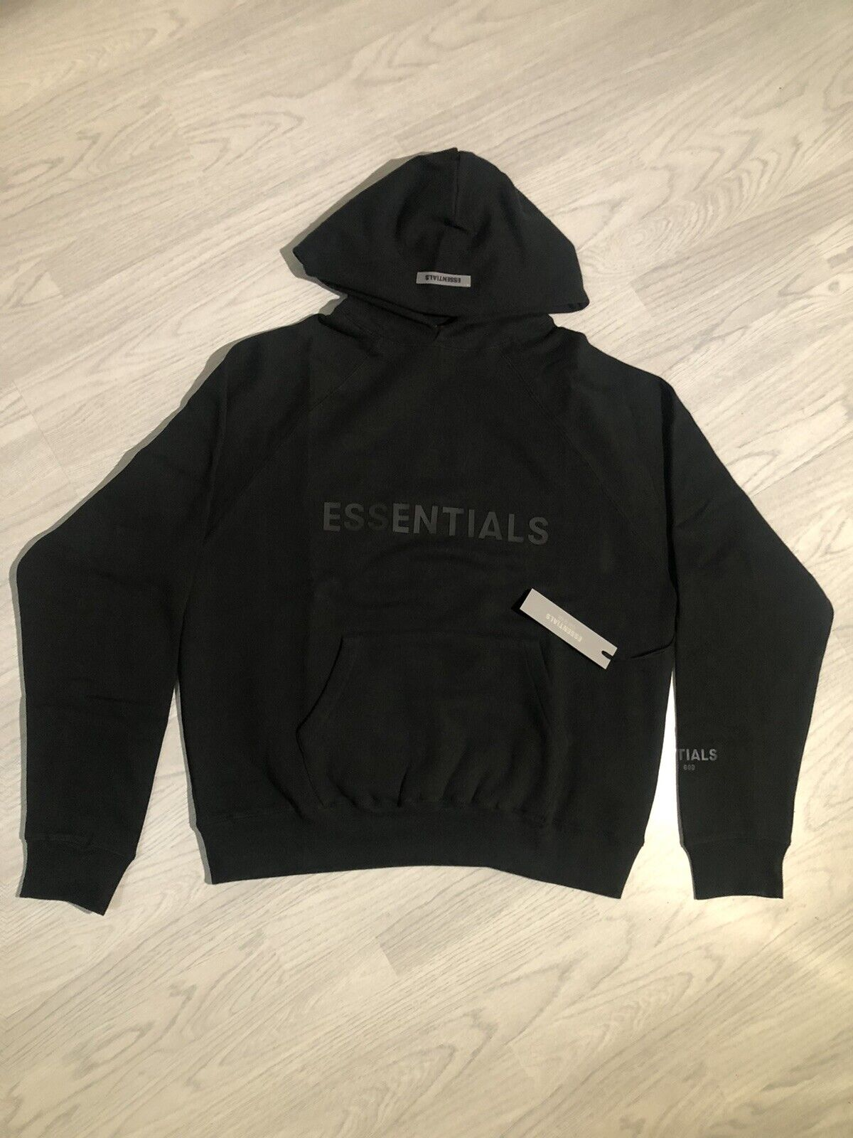 AUTHENTIC ESSENTIAL FEAR OF GOD HOODIE MEDIUM, NEXT DAY DELIVERY