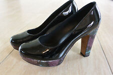 NEW Donald J Pliner Evie Patent Leather Chunky Heels in Black/Snake Size 7