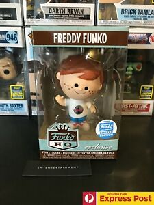 FREDDY-FUNKO-HQ-GLOBE-TSHIRT-VINYL-FIGURE-FUNKO-SHOP-EXCLUSIVE-POP-CULTURE-NEW