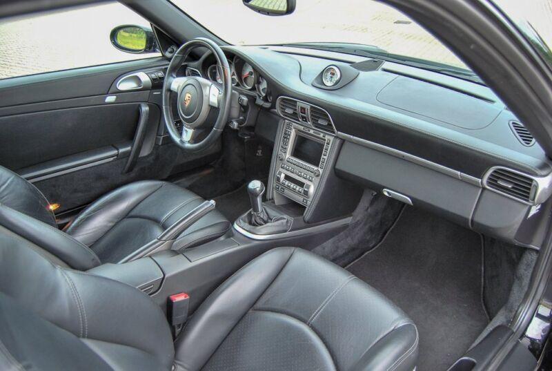 Porsche 911 Carrera S Coupé - 10