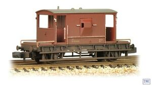 377-525E Graham Farish N Gauge 20 Ton Brake Van BR Bauxite (Early) Weathered