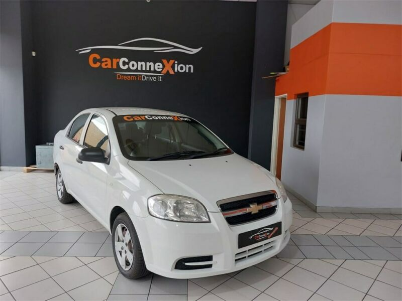 2012 Chevrolet Aveo 1.6 L 4-Door, White with 137000km available now!
