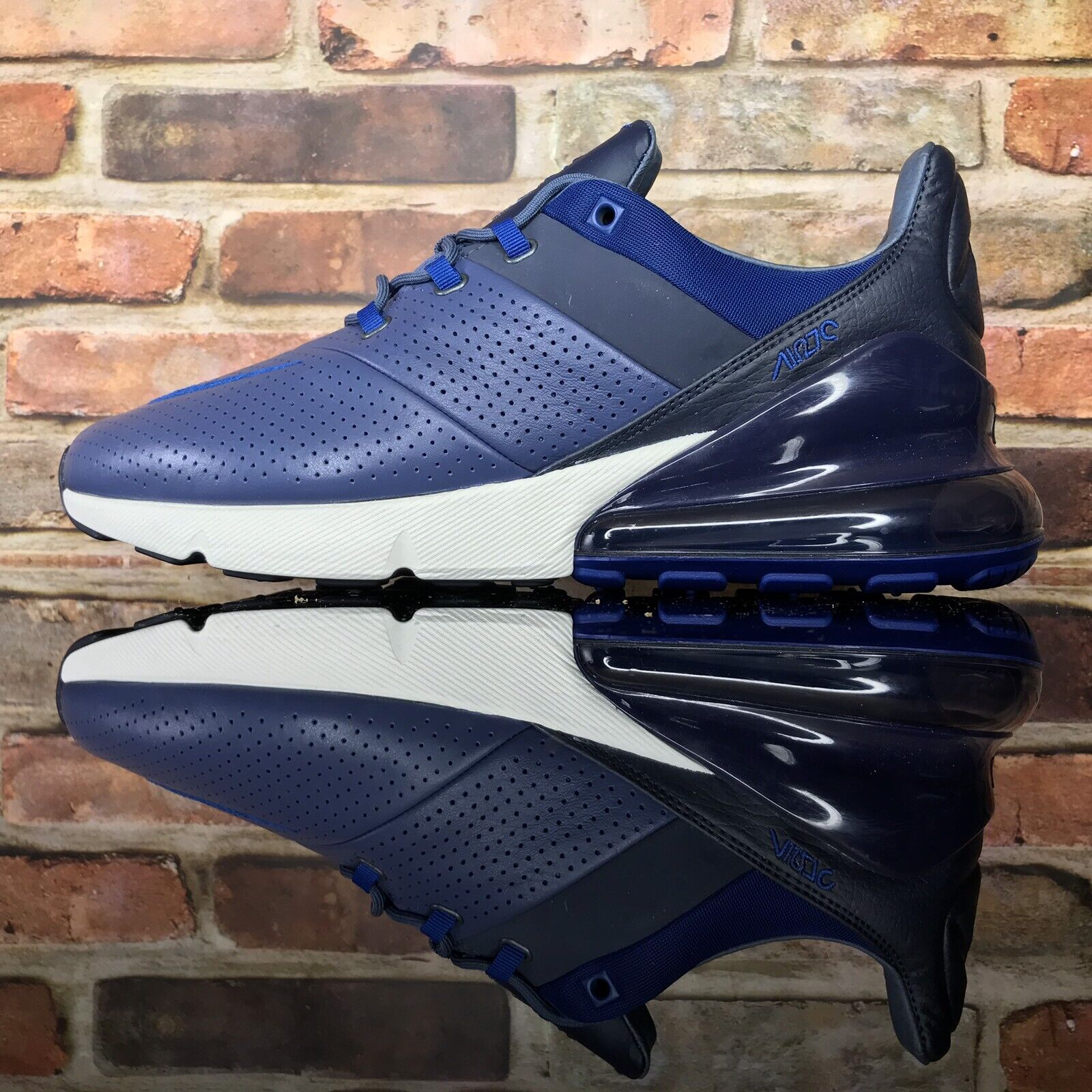 Nike Air Max 270 Premium Leather Diffused bluee Gym bluee Size 10.5 AO8283-400
