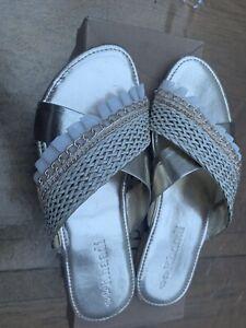 KHAADI Gold Frill Slippers Size 5