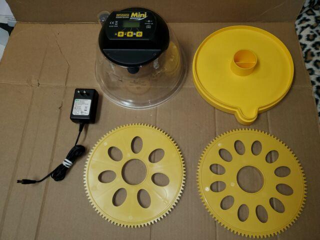 Brinsea Octagon 40 Advance Automatic Egg Incubator For Sale Online Ebay