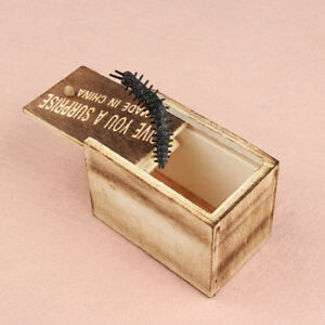 Wooden-Prank-Spider-Scare-Box-Hidden-in-Case-Trick-Play-Joke-Horror-Party-Gags