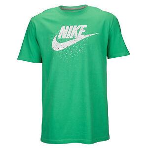 Nike-Futura-Icon-Macchioline-Logo-T-Shirt-Piccolo-Gamma-Verde-Bianco-Massimo