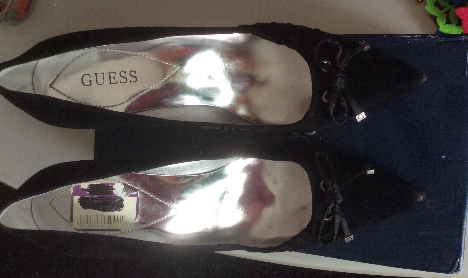 Guess Pumps Stiletto High High Stiletto Heels Schwarz Retro Gr. 38  + Kette gratis 89ceab