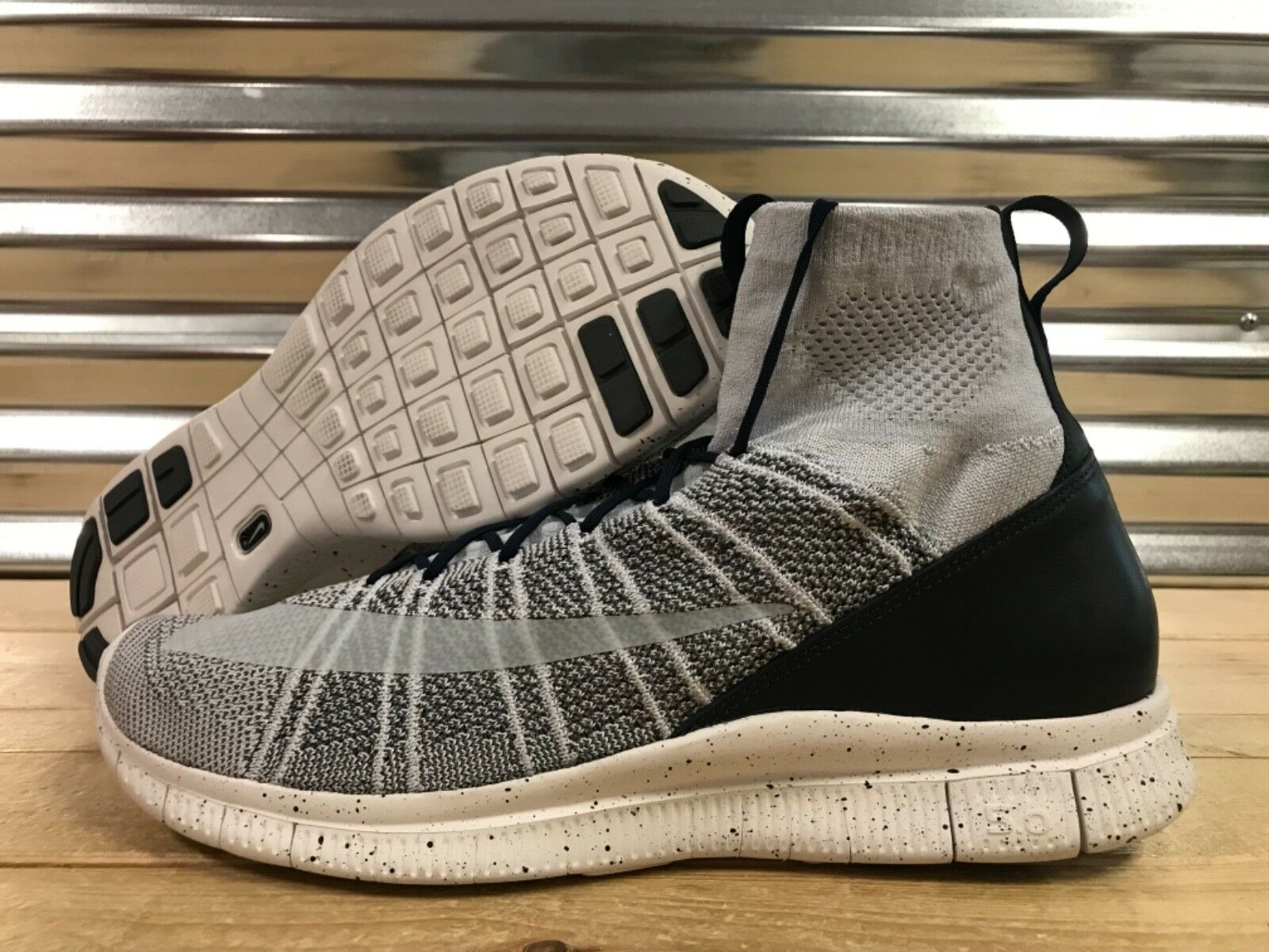 Nike Free Flyknit Mercurial Chaussures Pure Platinum  Gris  Navy SZ 13 ( 805554-001 )