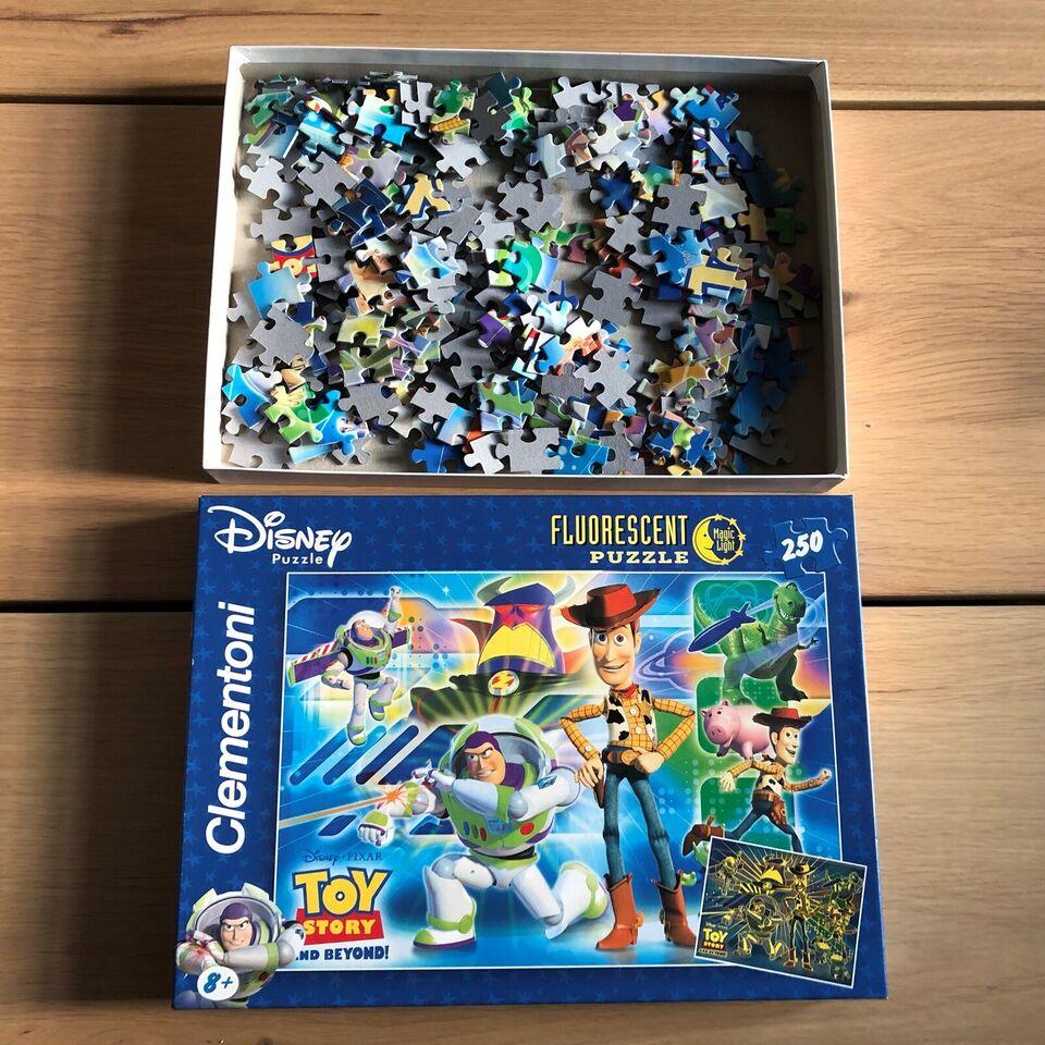 TOY STORY (Disney), Selvlysende puslespil 250 brikker,