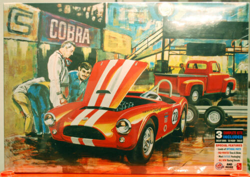 53 Ford Cobra Racing Team Set aus drei Kits 53 Ford 63 Shelby /& Trailer AMT 1073