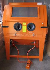 Image is loading NEW-INDUSTRIAL-SAND-BLASTING-CABINET-SBC990-CABINET-IDEAL- & NEW INDUSTRIAL SAND BLASTING CABINET. SBC990 CABINET IDEAL FOR ...