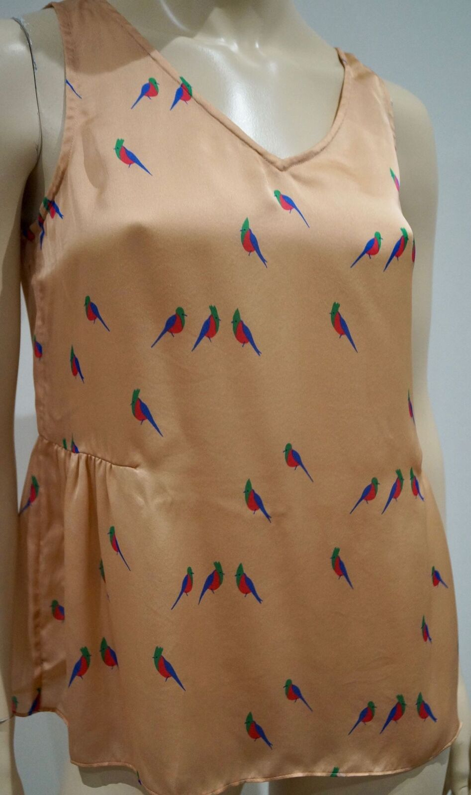 MARC BY MARC JACOBS Pale Rosa Silk Bird Print V Neck Sleeveless Blouse Top S