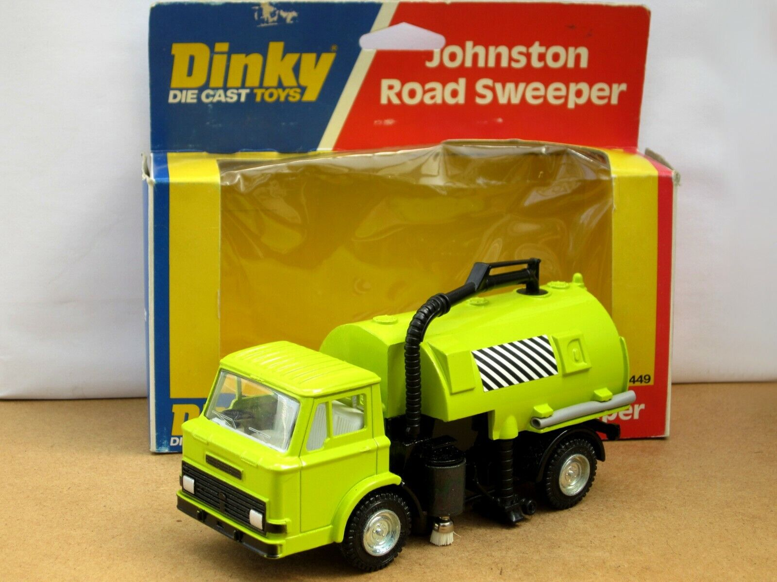 DINKY TOYS 449 FORD SERIE D Johnson ROAD SWEEPER-Boxed