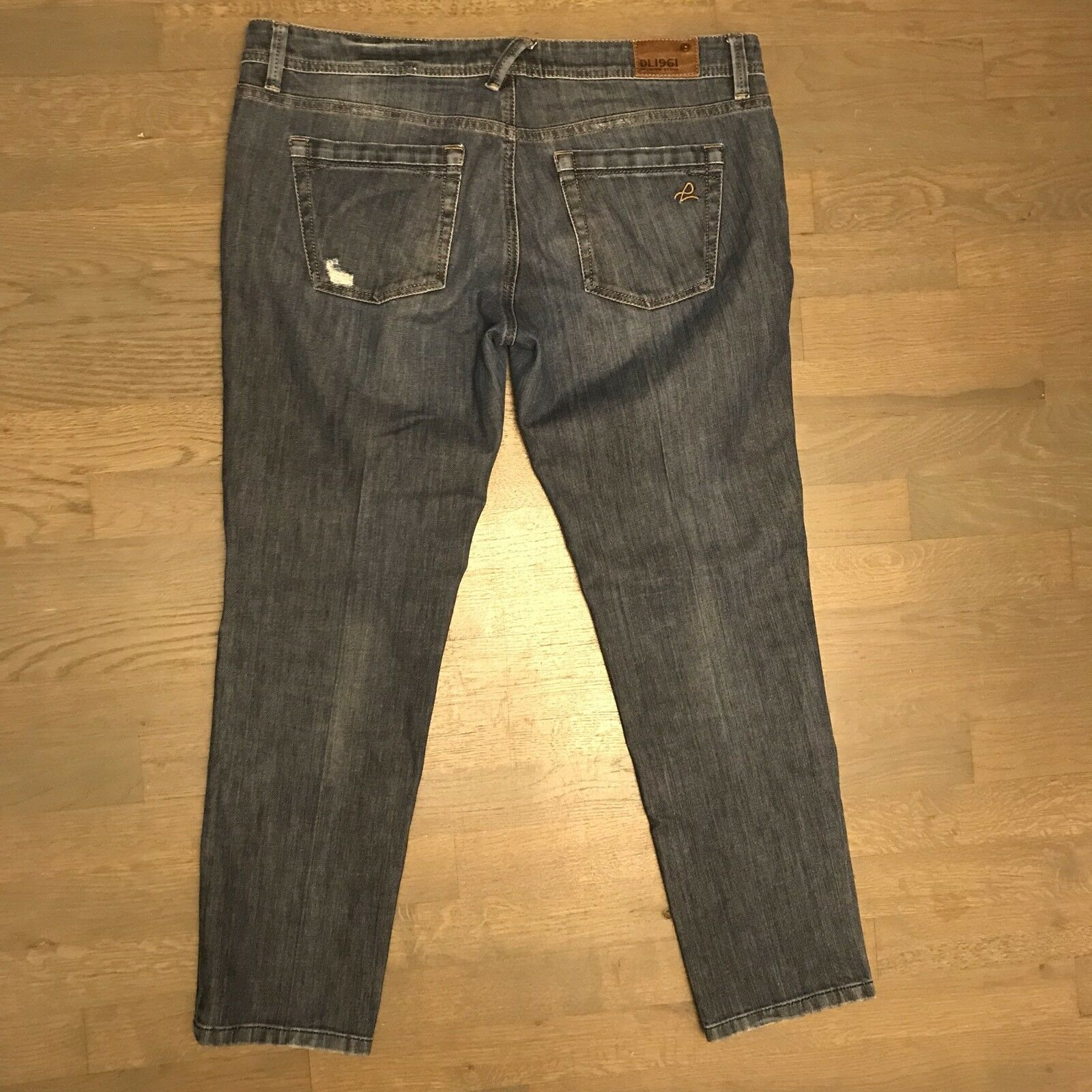 DL1961 JOJO Boyfriend Twister Crop Stretch Denim Jeans Woman's Size 32 126855